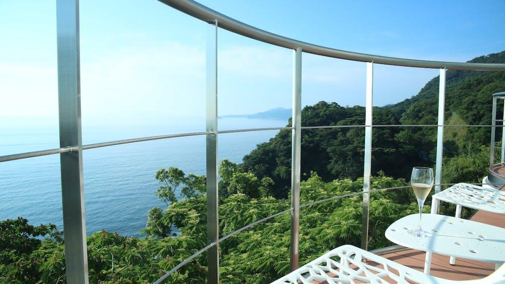 【体験記】海と空だけの絶景宿で女子旅を満喫