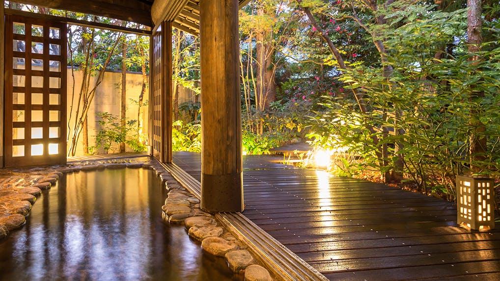 源泉掛け流しの温泉でくつろげる下呂の宿4選