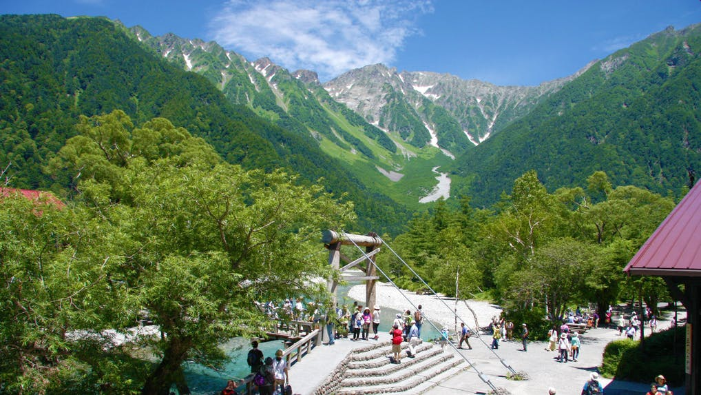 憧れを集め続ける老舗山岳リゾートホテル
