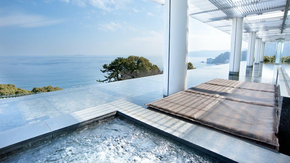 露天風呂付客室で絶景が愉しめる宿特集