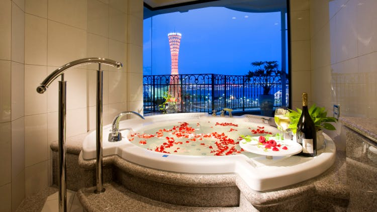 美しい夜景に癒されるホテルのビューバス【関西編】