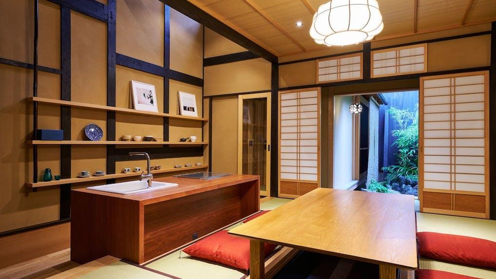 【取材】2018年11月開業。茶道の香りが漂う現代の京町家