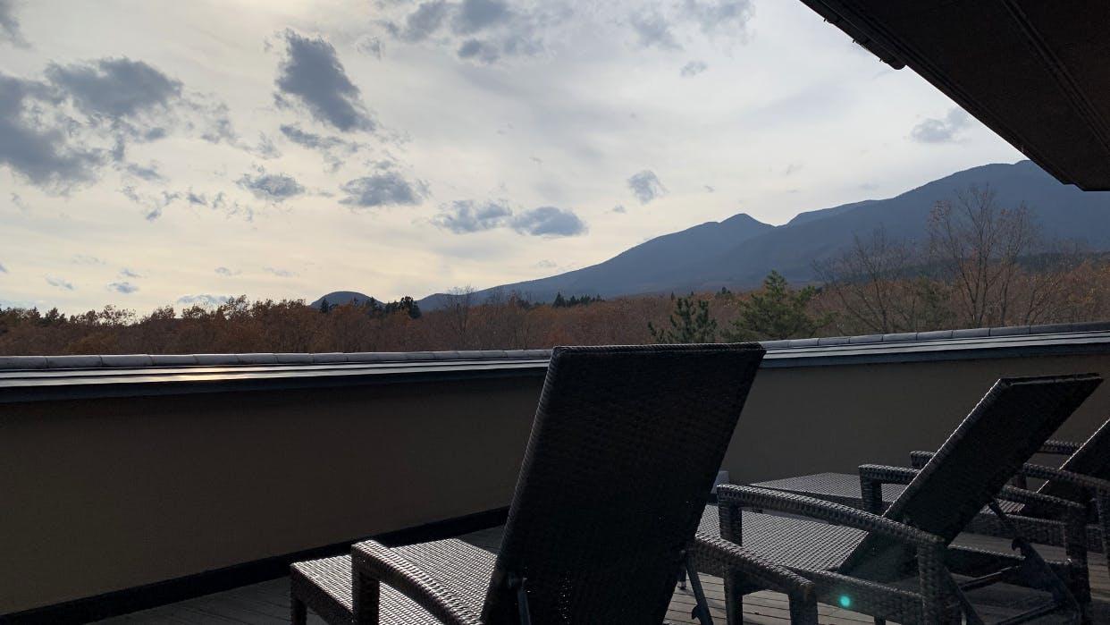 蔵王山麓の懐に抱かれた和のリゾートで絶景と一夜を共にする