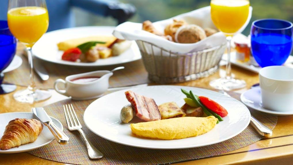 都内のホテルで愉しむコースの朝食(日系ホテル編)