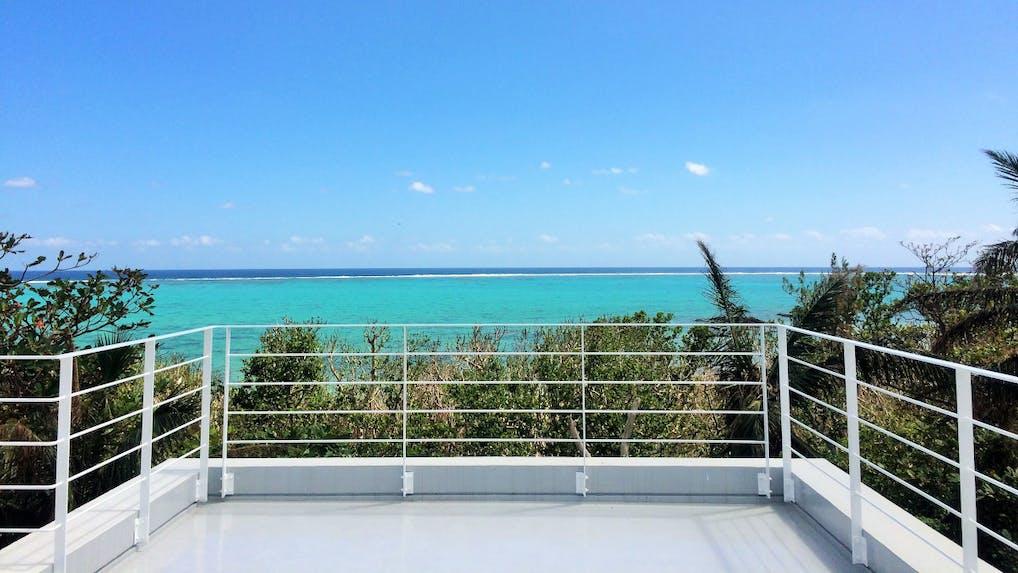 1日1組限定!誰もいない海を臨む石垣島の究極リゾート