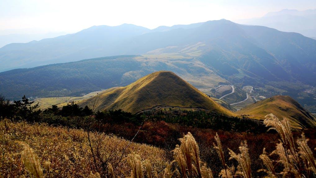 「亀の井別荘」「由布院 玉の湯」がお薦めする、秋の由布院の過ごし方