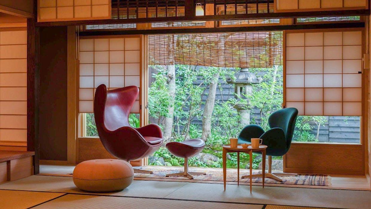 """【取材】町家と北欧家具の調和が心地良い、全国初の""""商店街ホテル"""""""