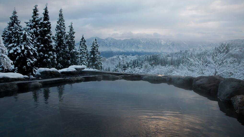 【滞在記】絶景と美食と温泉と。心が満たされる新潟「里山十帖」時間