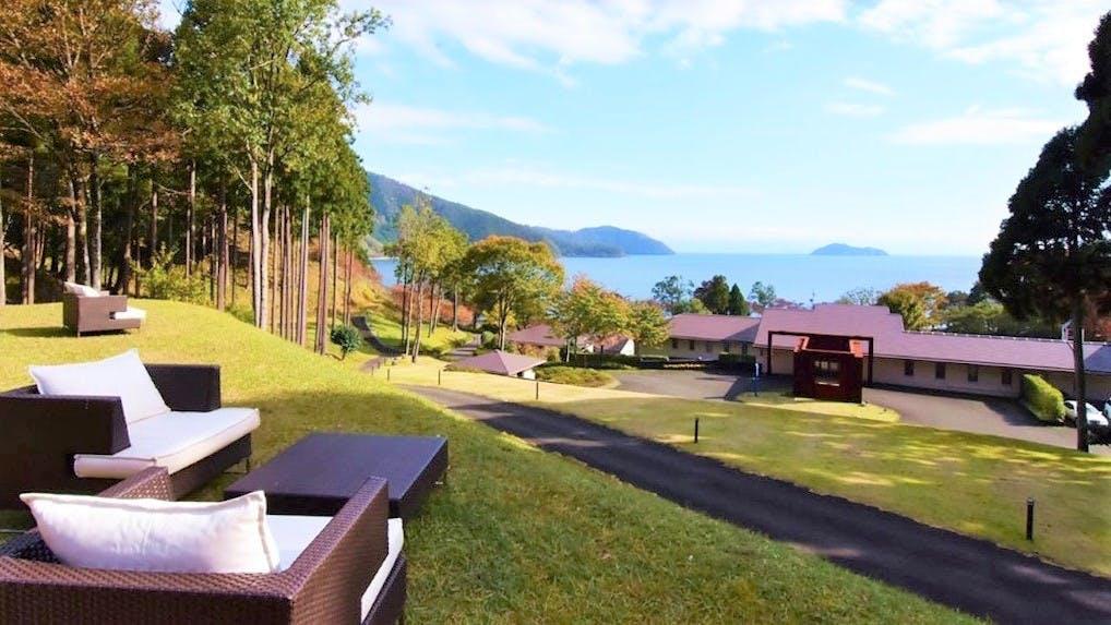 奥琵琶湖で絶景と美食を満喫するオーベルジュ