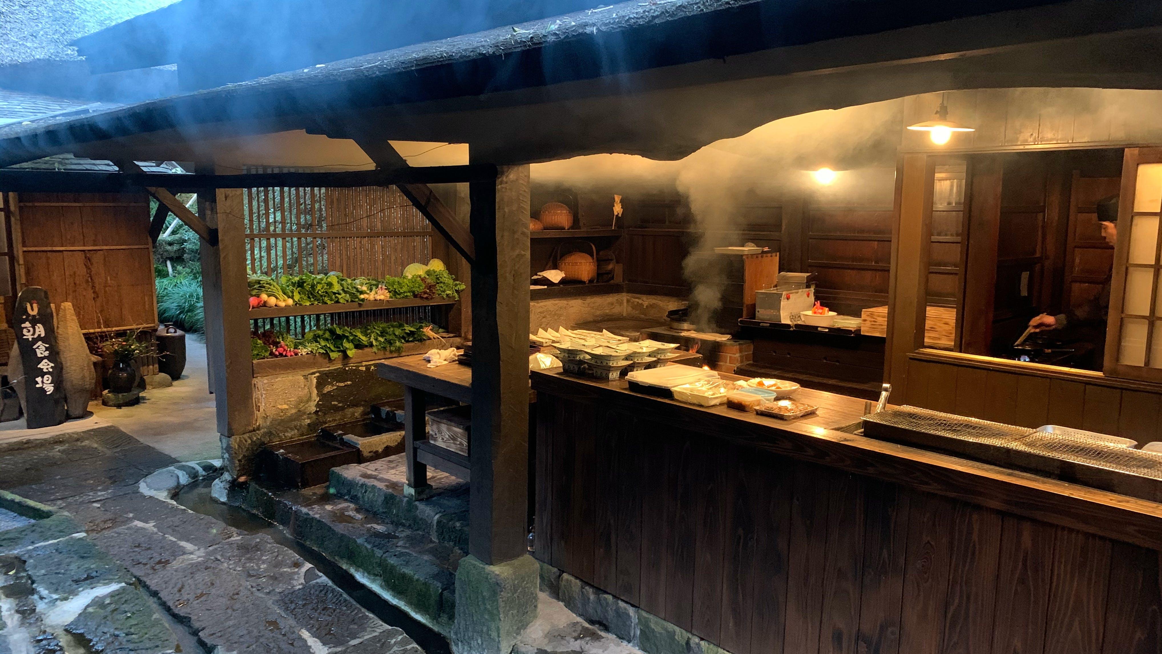 """【滞在記】「忘れの里 雅叙苑」で味わった""""また食べたくなる""""鹿児島の郷土料理"""