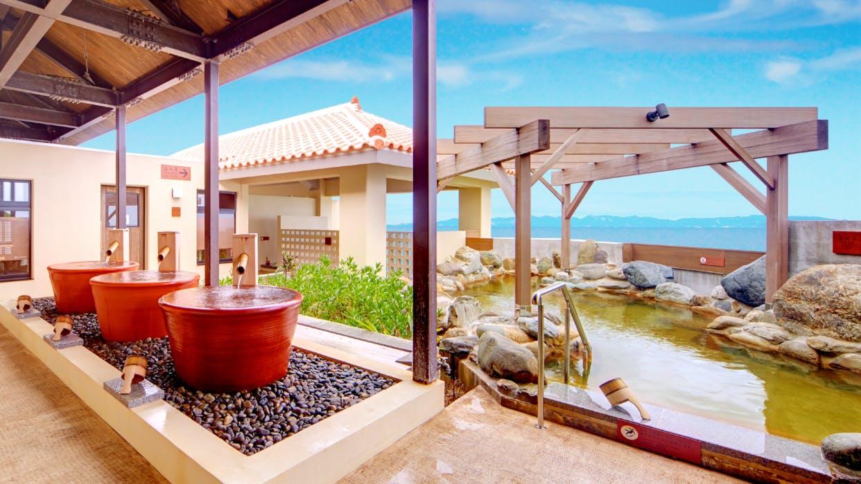 源泉掛け流しの温泉を楽しめる沖縄のリゾートホテル4選