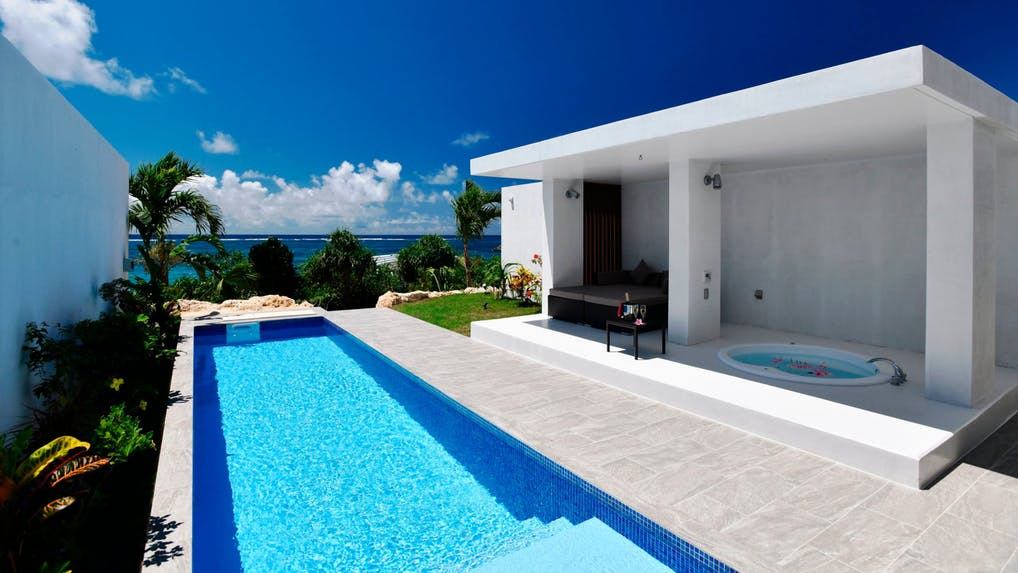 贅沢を楽しむ宮古島のプライベートプール付リゾート6選