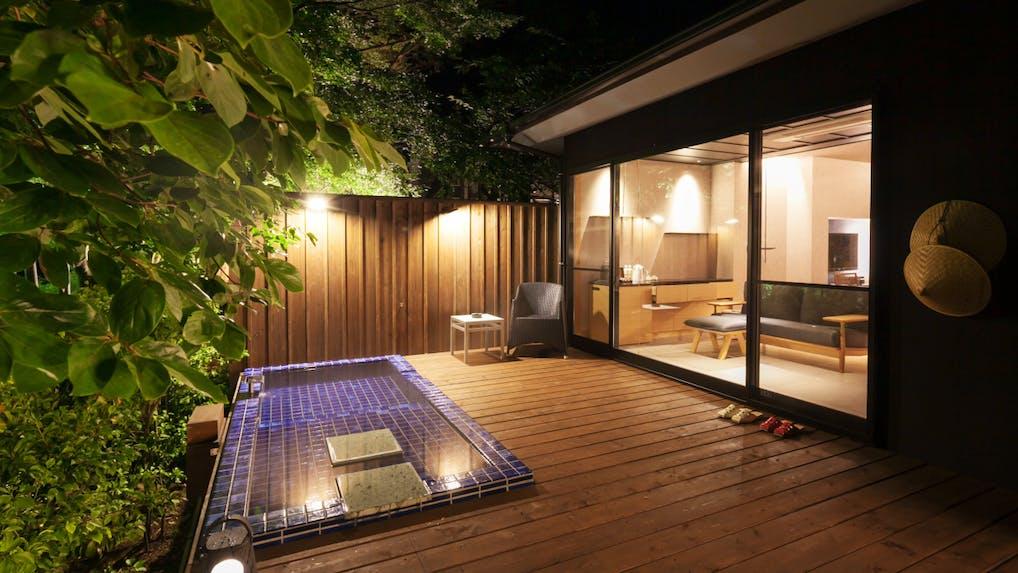 伊豆の清流に抱かれる全室露天風呂付離れの温泉リゾート