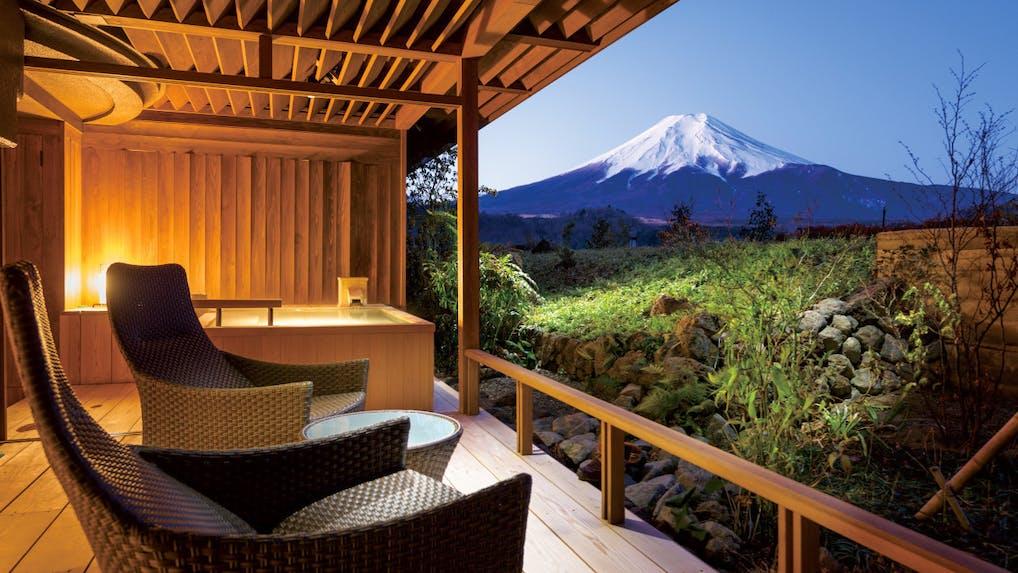 富士山を望む露天風呂付客室がある温泉宿 山梨編