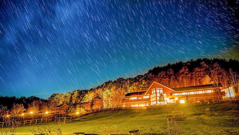 満天の星に出会える高原リゾートホテル(北海道編)