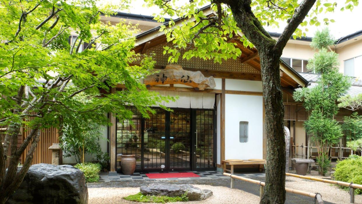 宮崎県・高千穂でやすらぎの滞在が叶う隠れ宿