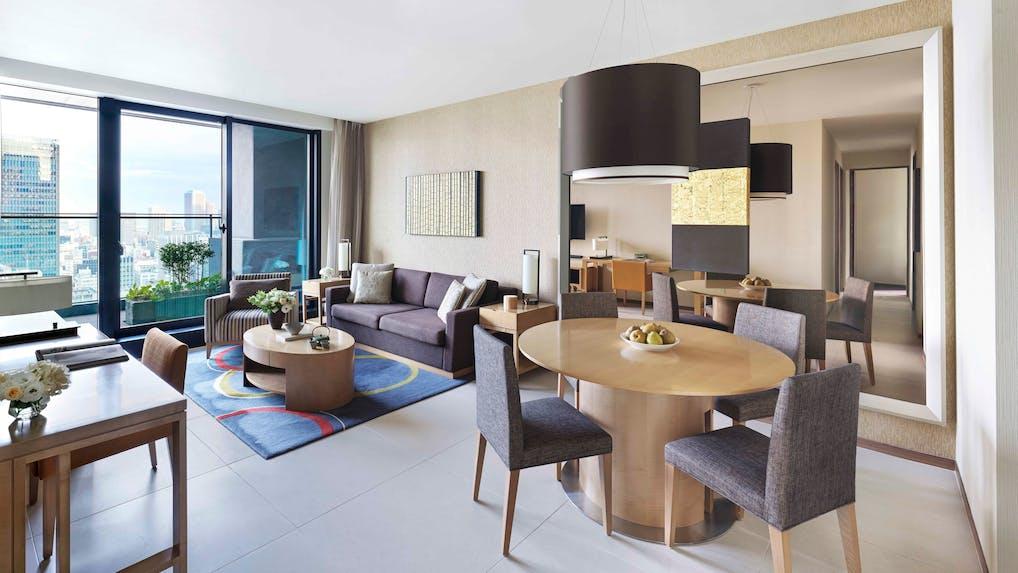 東京駅の高層ビルに暮らす!高級サービスアパートメント「オークウッドプレミア東京」の魅力