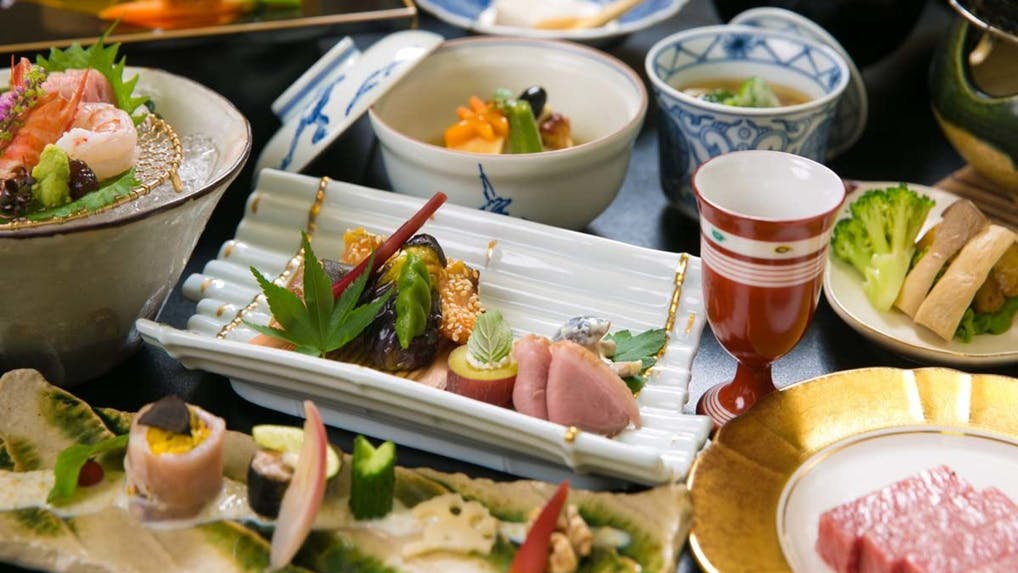 女性やシニアも安心!少なめの食事が選べる温泉宿 熱海・伊豆編