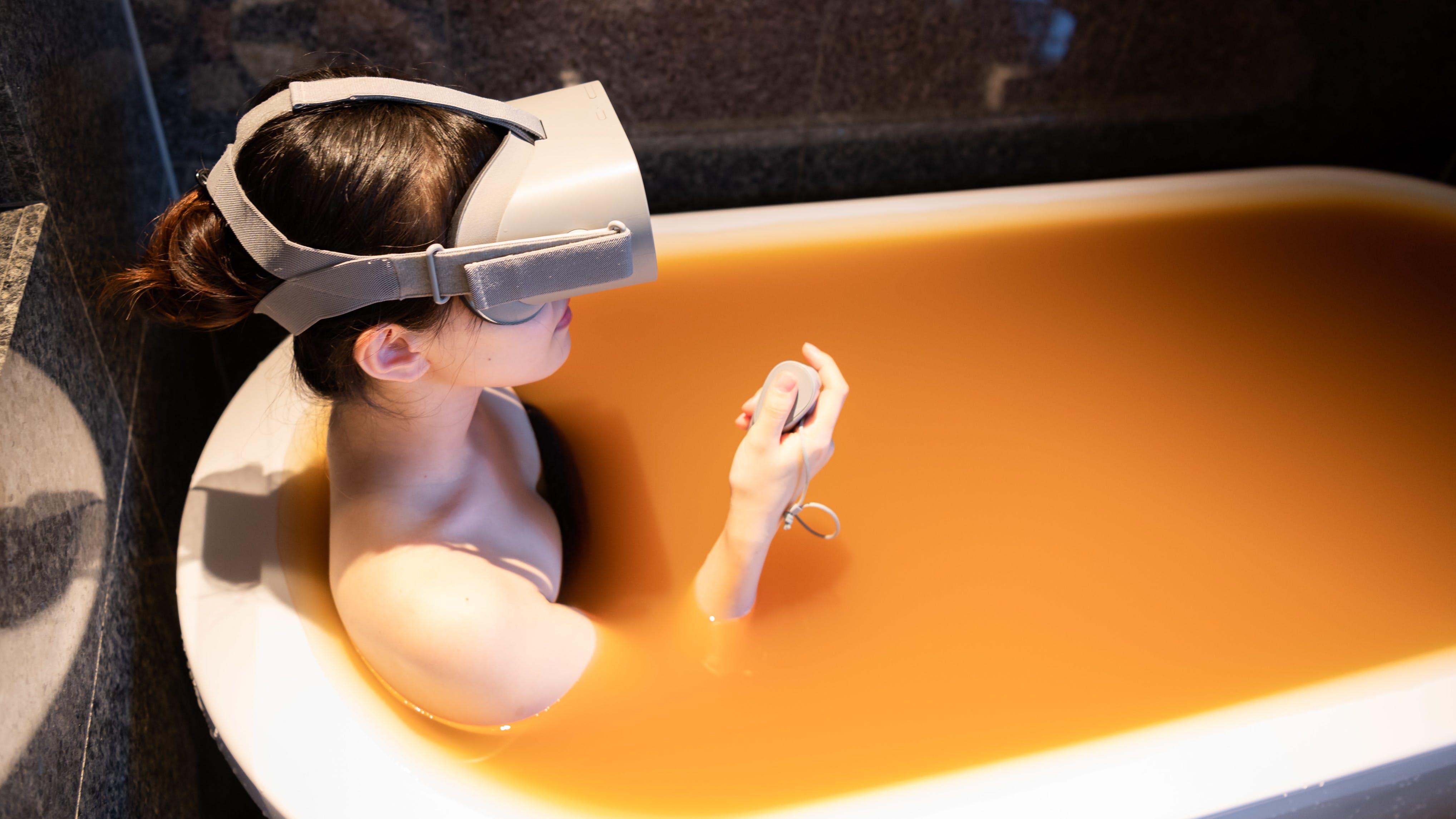 「VR温泉」「Zoom芸妓」…老舗旅館が切り開く、ニューノーマルな伝統のカタチ