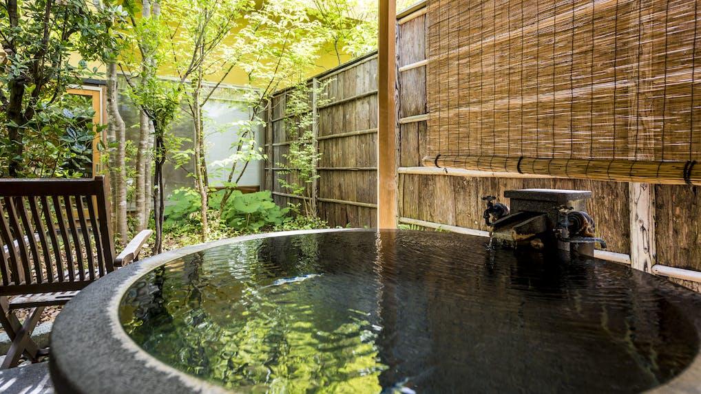 山形・赤湯温泉に佇む全7室露天風呂付客室のおこもり宿
