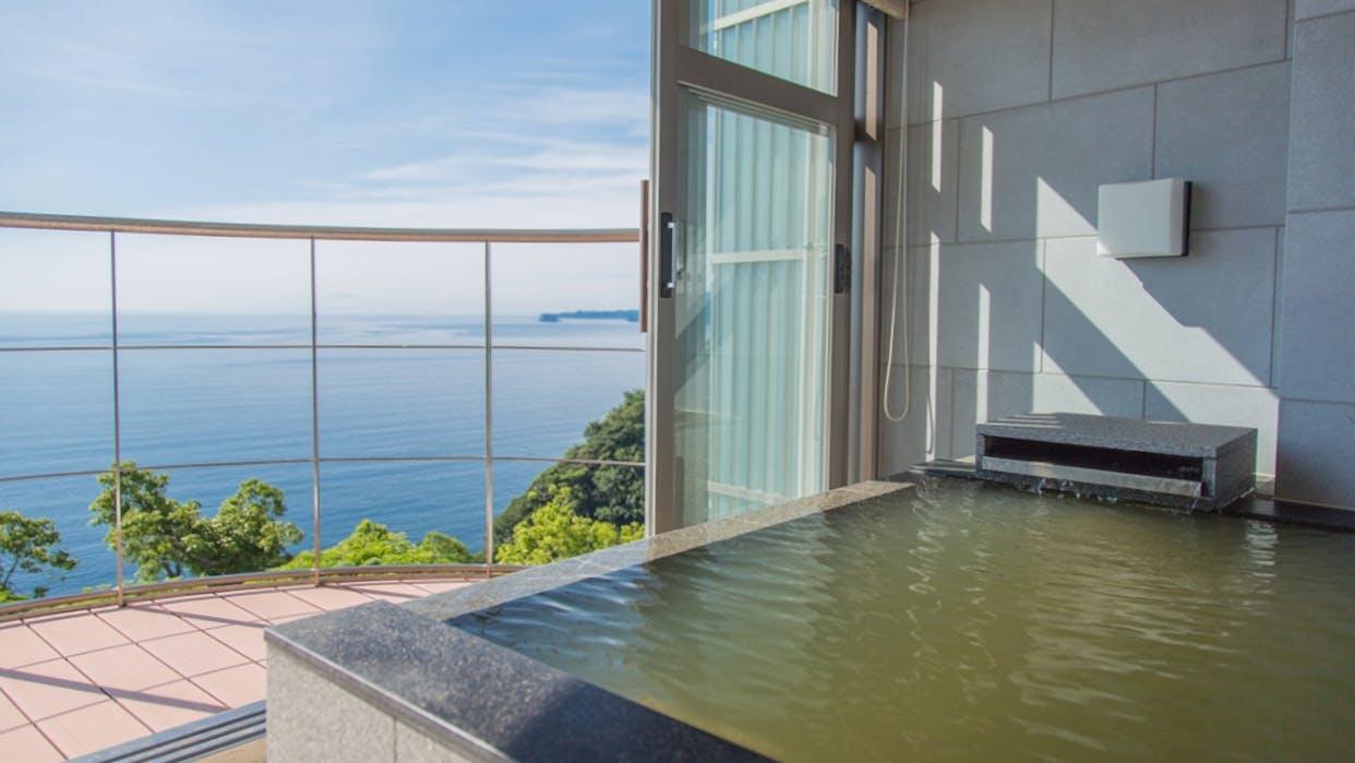 伊豆で温泉と絶景を愉しむ。10室のみのオークインクルーシブリゾート