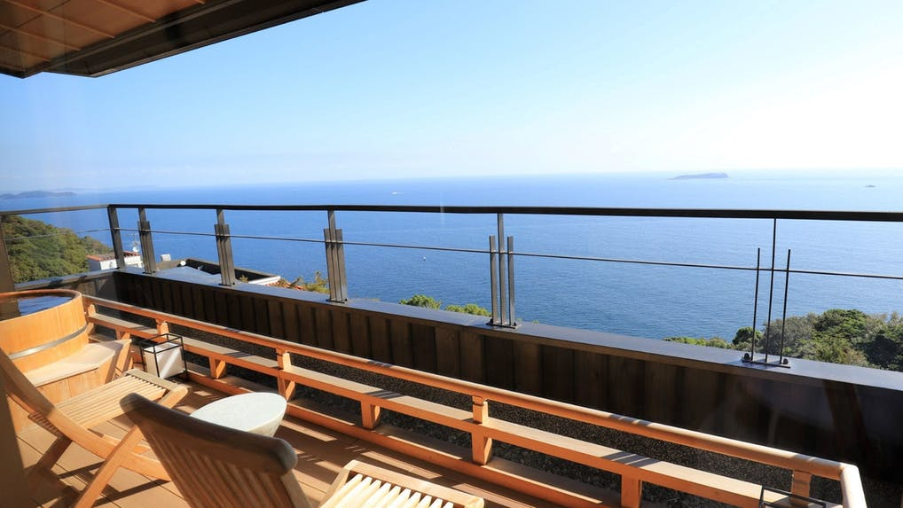 1日7室、和モダン空間と相模湾を望む露天風呂付き客室に癒される熱海の温泉宿
