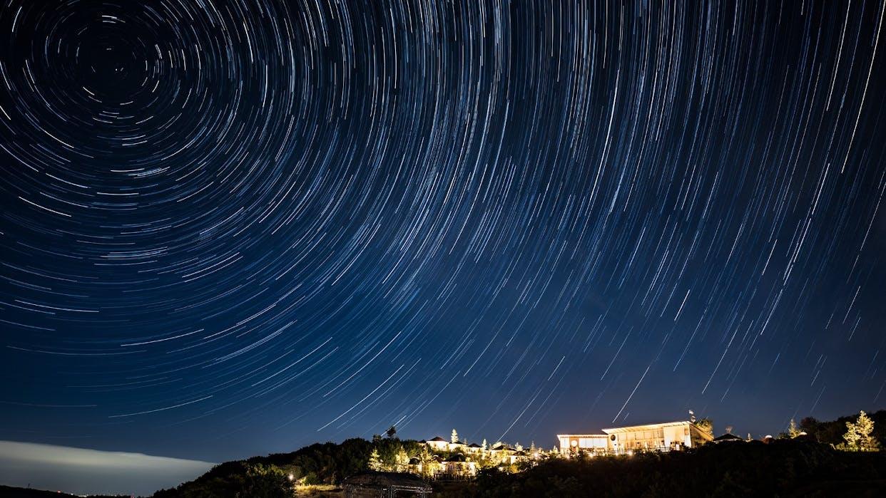 淡路島の満天の星の下、美食が堪能できるプライベートヴィラの宿