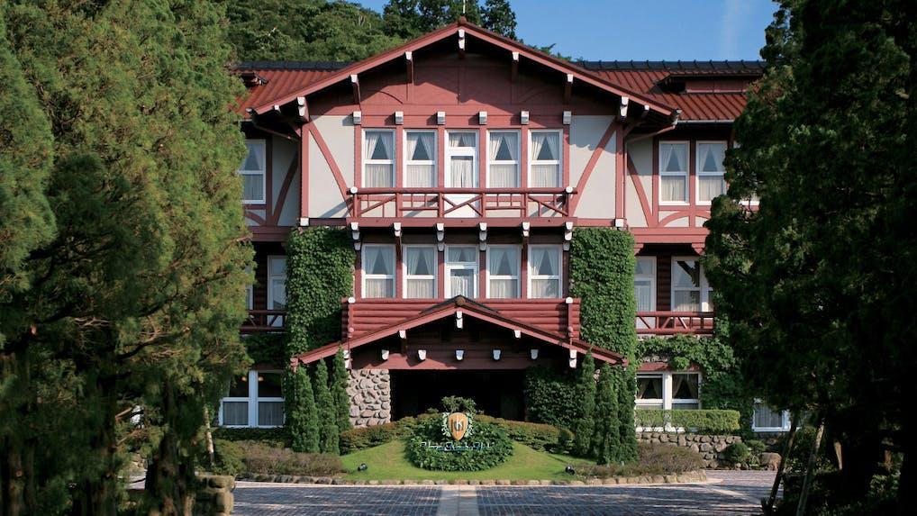 長崎・雲仙の自然と温泉に癒される華やかなクラシックホテル