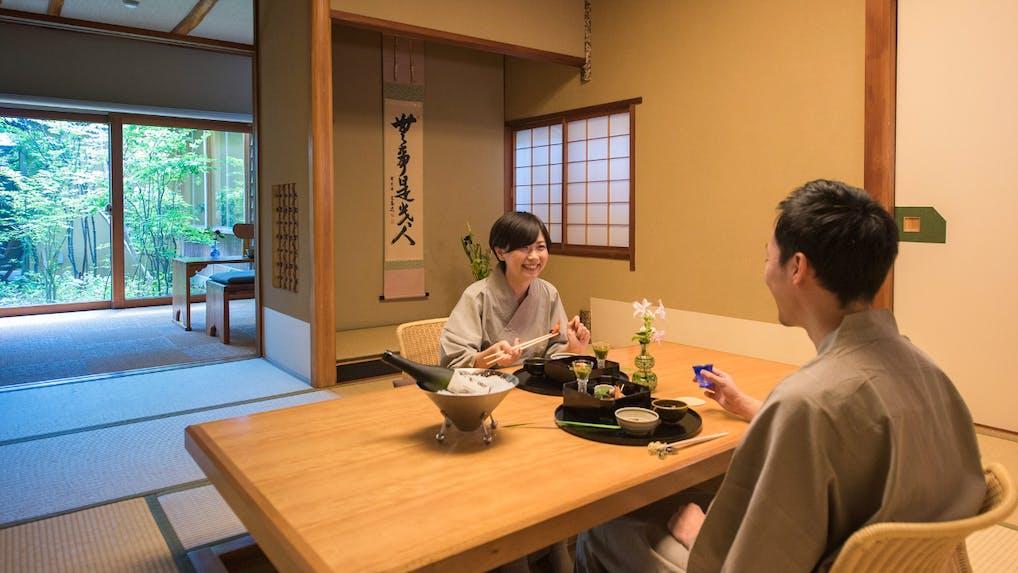 露天風呂付客室で部屋食を楽しめる温泉宿 東北編