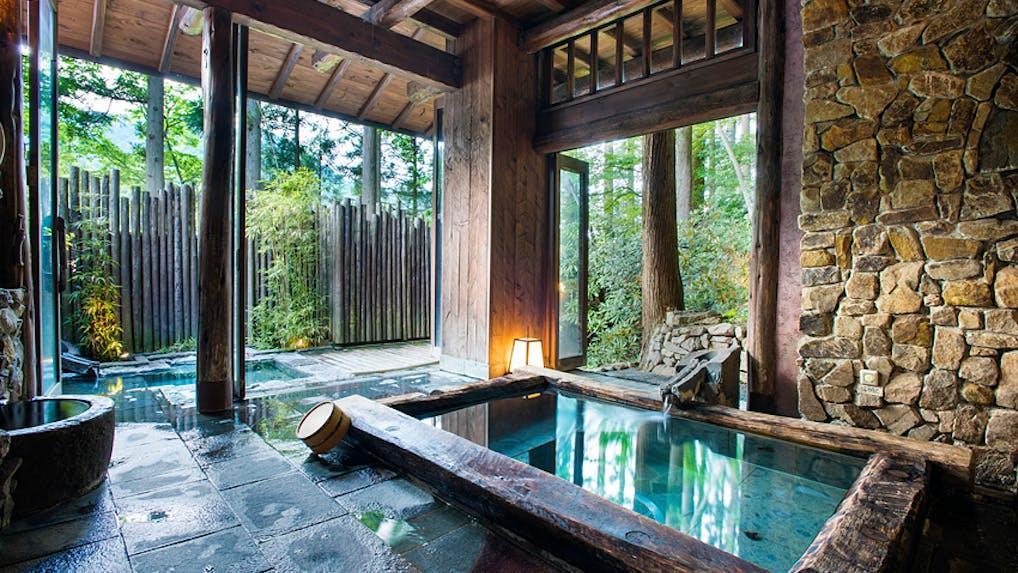 長野・仙仁温泉に佇む人気温泉宿で「おもてなしの神髄」に触れる