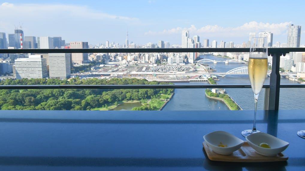 【滞在記】ベイエリアの絶景を一望!「メズム東京」の会員制プライベートサロンを体験取材