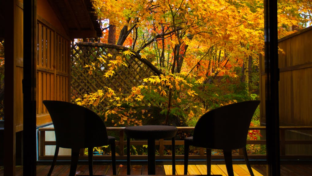 美しい紅葉をお部屋から楽しめる宿 甲信越編